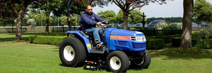 Iseki TH4290 compact tractor