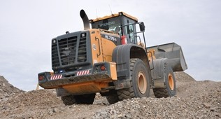 Hyundai loading shovel